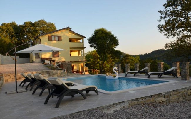 family-house-rent-istria