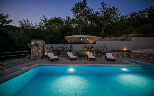 family house pool